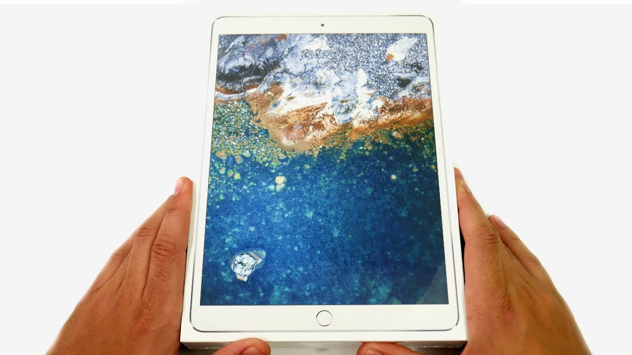 iPad Pro 10.5 Unboxing & First Impressions! - CMC ...